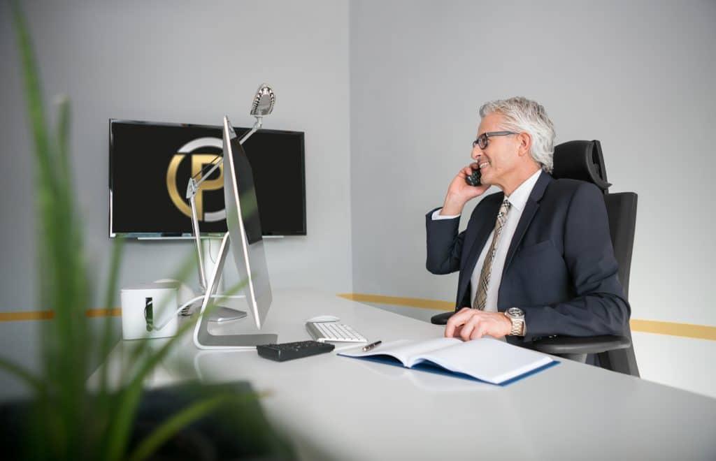 Gewerbemakler Jürgen Pfund ist unter anderem aktives Mitglied im Arbeitskreis der Immobilienwirtschaft Stuttgart.